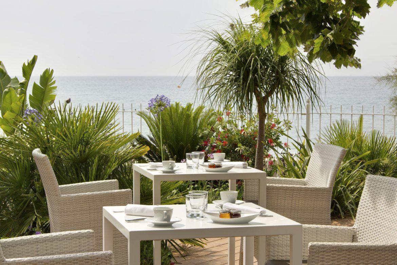 restaurant et hôtel en bord de mer à Toulon