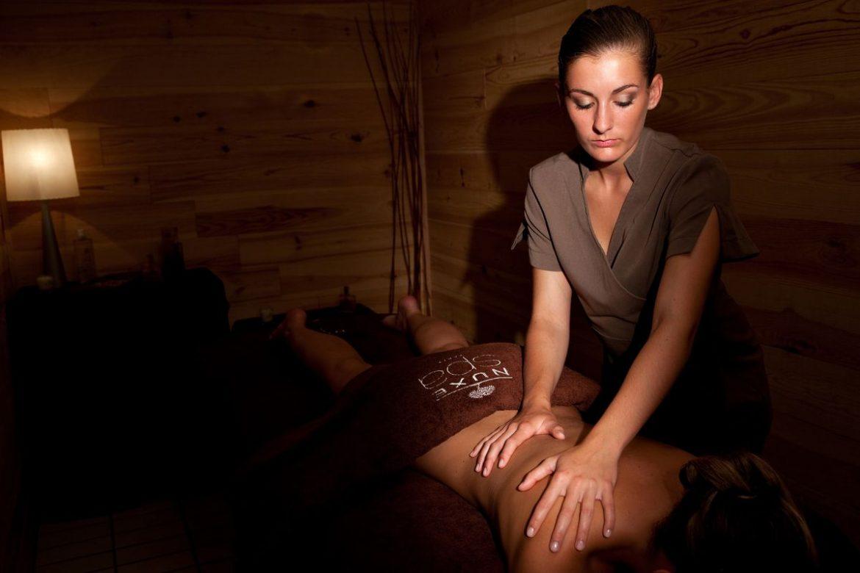 Massage gommage dans un Spa Nuxe de luxe dans le Var